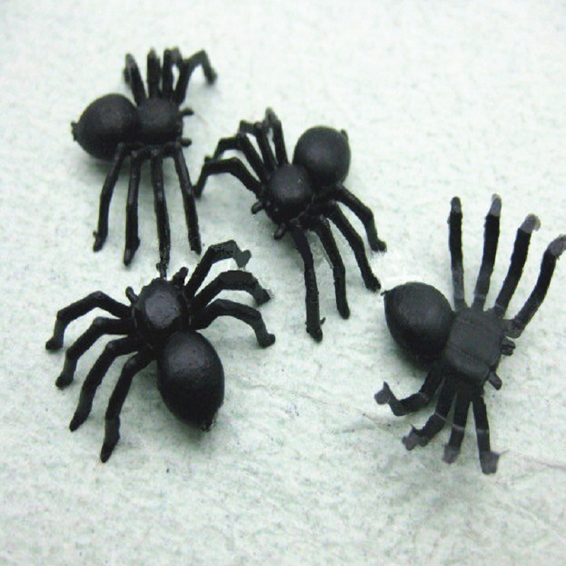 Factory wholesale popular halloween stick mini vivid plastic spider <strong>toy</strong>