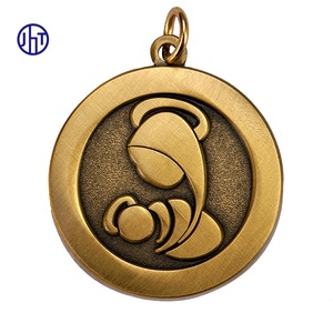 Custom design fashion bronze round shaped stamped pendant