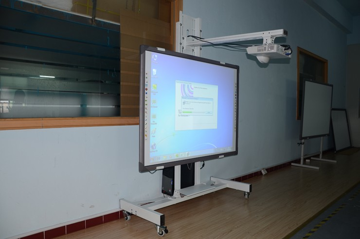 Factory Supply 82 To 100 Inch Cheap Multi Touch Promethean