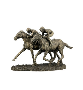 Factory Custom made best home decoration gift polyresin resin collectible horse statues