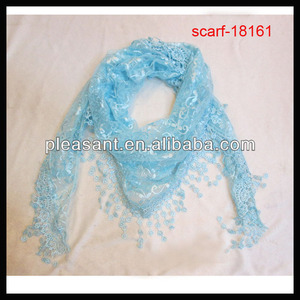 Trend Elegant Triangle Scarf with Lace Trim Edge