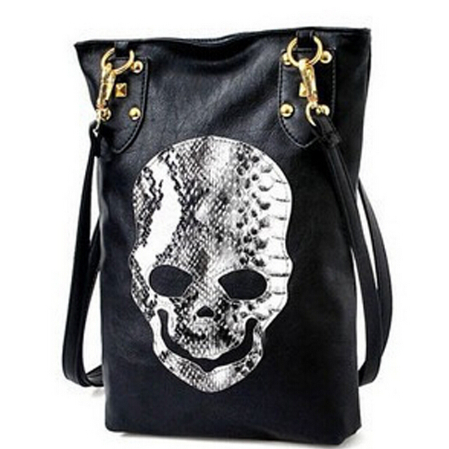 ShineStar Women Serpentine Skull Rivet Cross-body Bags 2015 New Fall Fashion Vintage Casual Shoulder Bags Girls Cute Bags YY130