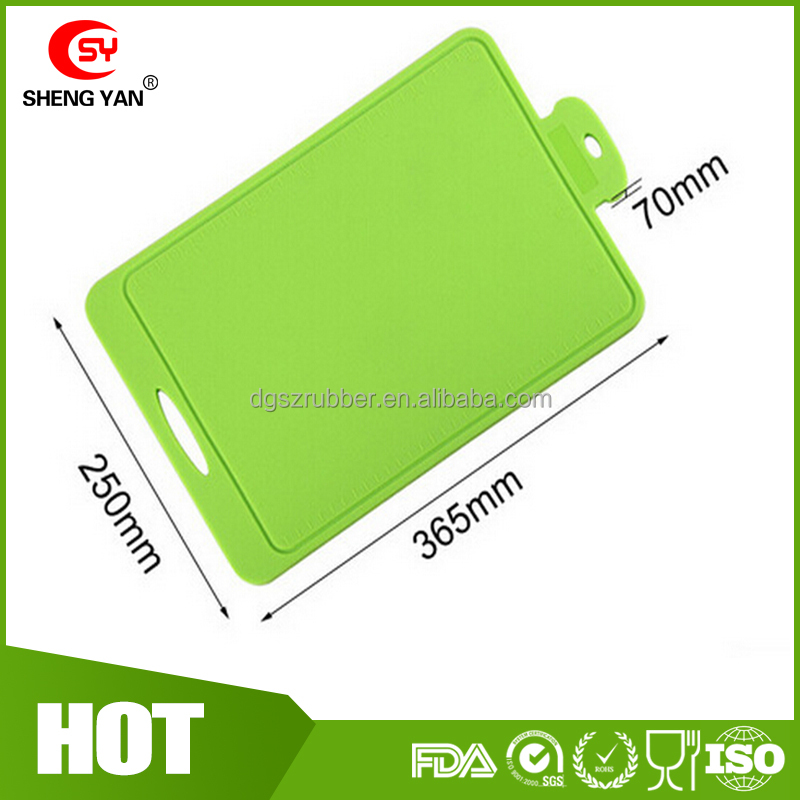 Factory USD 5/pcs of MOQ 100pcs big size 36.5*26.5CM food grade silicone cutting board