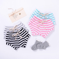 2018 Trendy Wholesale Summer Casual soft cotton Linen Infant baby bloomers baby ruffle shorts