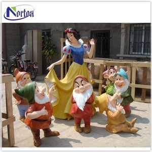 shopping mall decoration resin craft large fiberglass snow white wishing well NT-FS221D