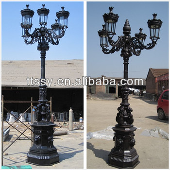 Cast Iron Lamp Post With 5 Lights Product