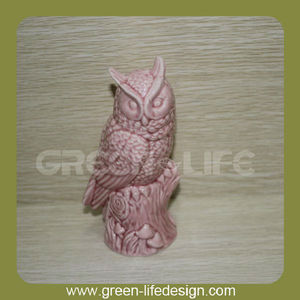 Vintage pink decorates ceramic eagles