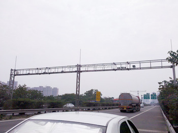 Integrated SOLAR Steel Monitor poles Urban's Road gantry traffic frame express-way's singal reflective gantry