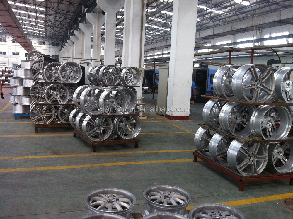 18x8.0 Inch China Manufacturer Popular Design Car Alloy Wheels ...