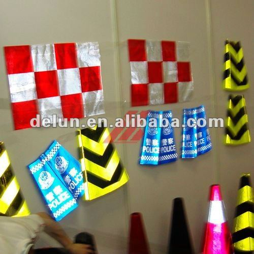 Manufacturing High Intensity Grade Self Adhesive Reflective Film for Road Signs and Screen Printing