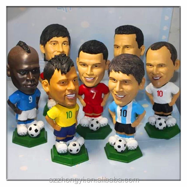 2014 China Supplier hot new products Resin mini footballer figurines,wholesale collectible figurines football