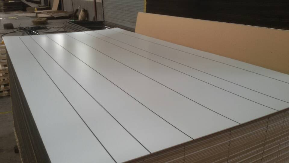 4'*8'*2.7mm white Polyester plywood with black though