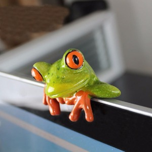 Resin Creative 3D Craft Frog Decoration Office Desk Computer Decoration Gift