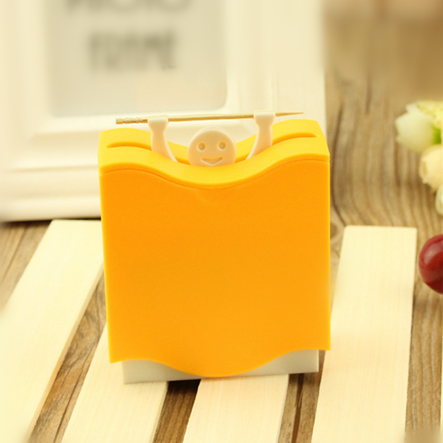Creative design factory price fancy portable plastic toothpick container promotional