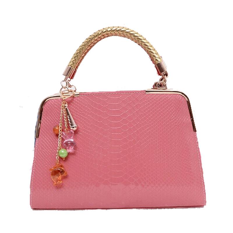 Get Quotations · women bag 2015 new hot sale European embossed designer  handbags fashion lady bag shoulder bag Crossbody 29f8bc94c6