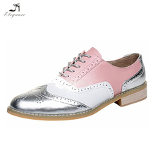 2018 Women Classical Wing-up Brogues Flat Lace-up Oxford Shoes Sophisticated Assorted Colors Wingtip Oxford Shoes