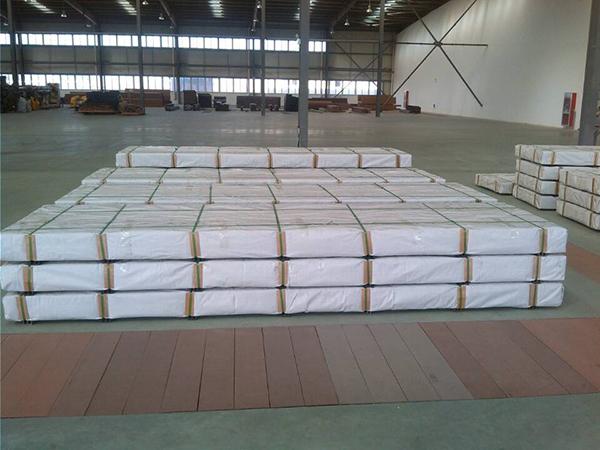 Pavimento Esterno Grigio : Grigio chiaro piano patio in legno plastica pavimento esterno