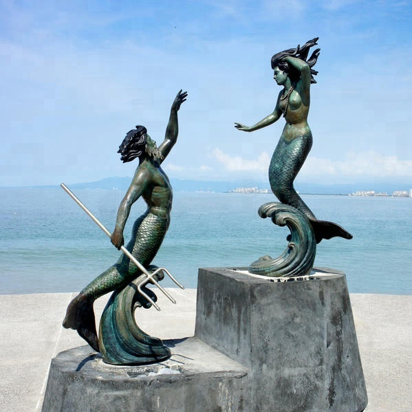 Luxury Decoration Art And Handicrafts Ocean Theme Cast Metal Bronze Mermaid Sculpture