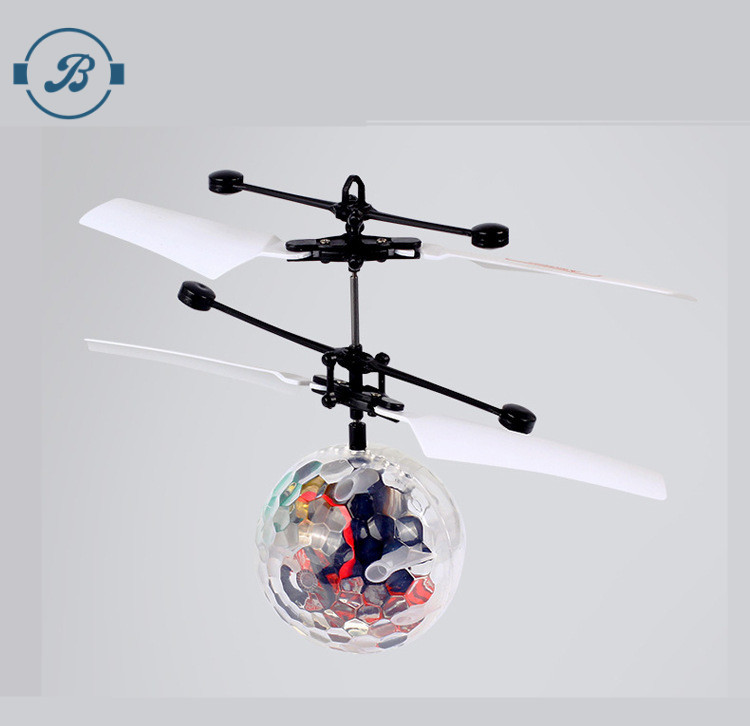 2017 Brand new hot selling diamond hand induction rc flying ufo ball with LED light