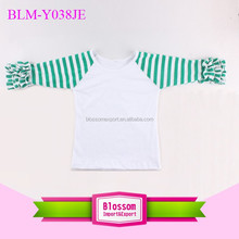 Wholesale Baby Ruffle Sleeve Raglan Shirts Kids Christmas custom design 3/4 green stripe sleeve white body toddler icing t-shirt