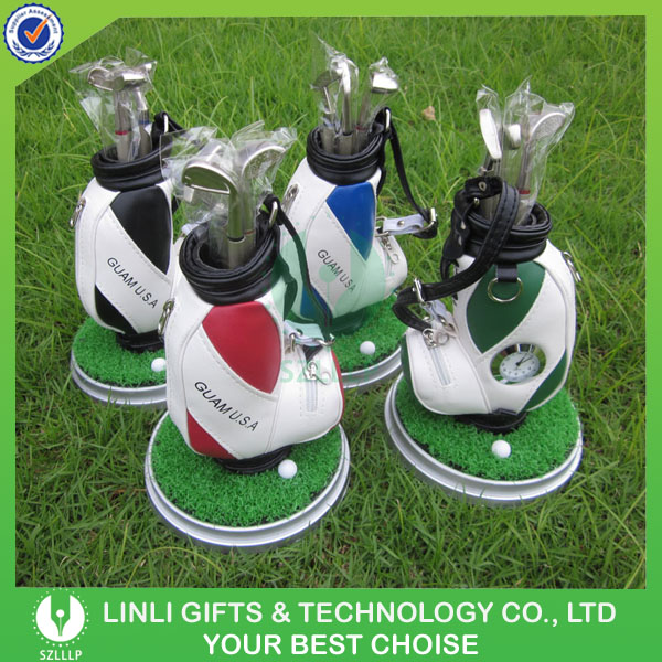 Supply 2016 Promotion Logo Golf Gift With Green Lawn Set