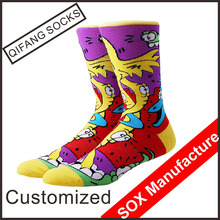 Wholesale custom jacquard knitted men cotton cartoon tube socks
