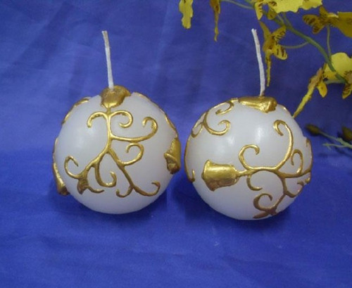 Decorative Christmas candles golden flower printed round ball candles