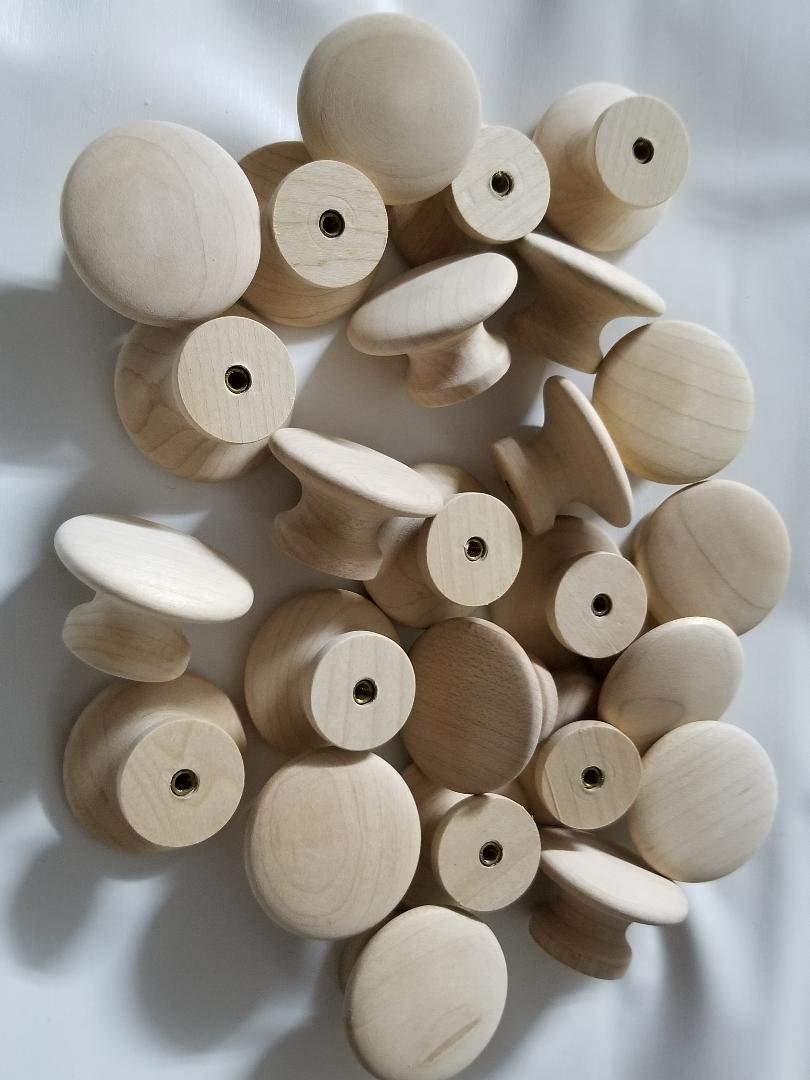 """Lot of 25 Flat Round Maple Unfinished Wood Door Drawer Knobs Pulls Cabinet Approximately 1 1/2"""" wide and 1"""" tall diameter. No screws included"""