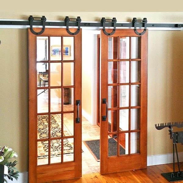 puerta de entrada de doble hoja de madera granero puerta corredera de cristal con parrillas with puertas correderas madera y cristal