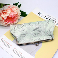 Women Classical Floral Cloth Coin Purse Tower Buckles Change Purse