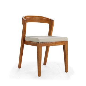 D038 Cafeteria chair