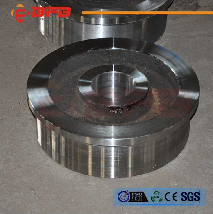 Electric driven Bridge crane forged and casted steel crane rail wheel