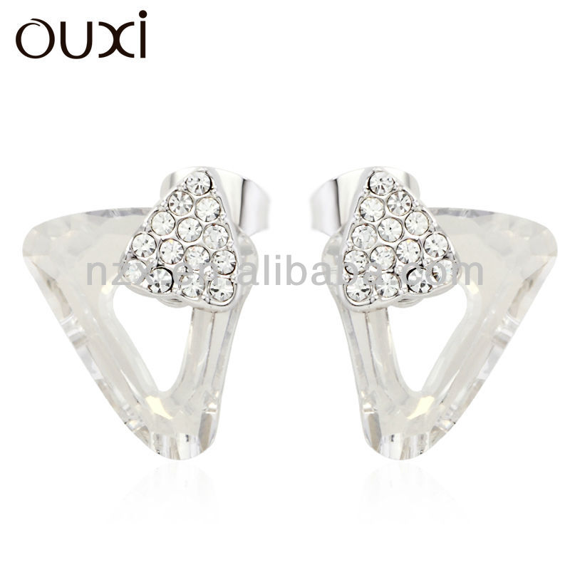OUXI fashionalbe unique custom triangle stud earring 20613