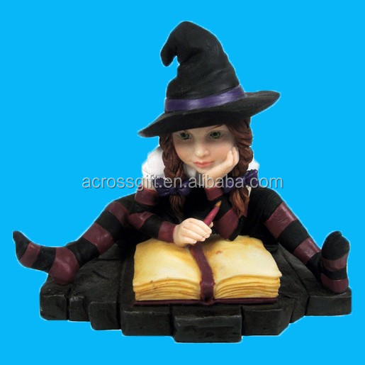 Polyresin Wiccan Lisa Parker Witch figurine