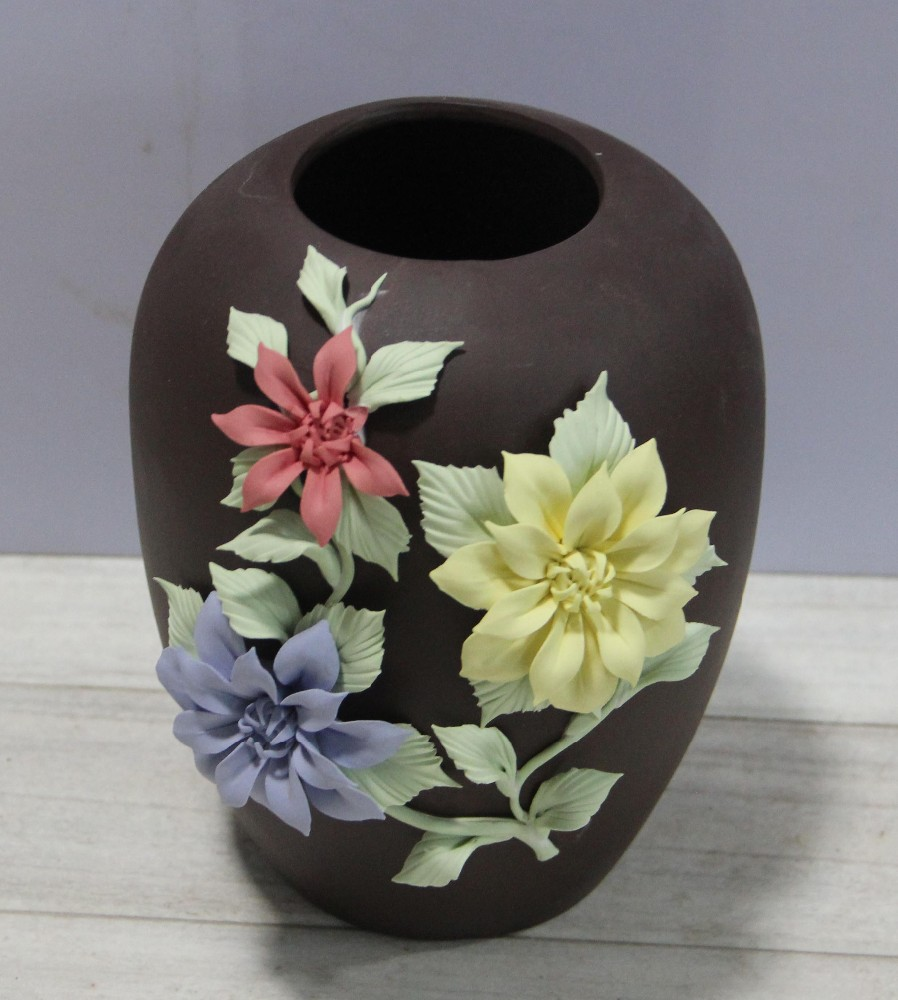Types Of Flower Arrangement Shapes: Different Shaped Types Of Ceramic Flower Vase