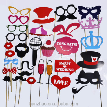 31 Pcs Wedding Photo Booth Props With Strike A Pose Sign With Wooden