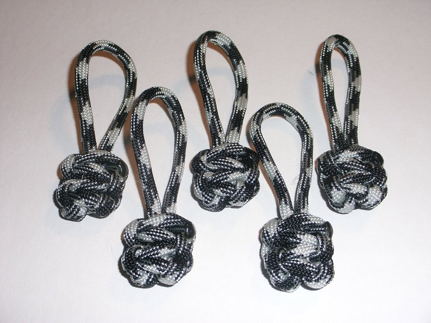 RedVex Paracord Zipper Pulls / Lanyards - Lot of 5 - ~2.5 - Black & White