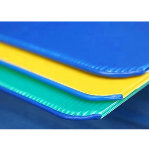 Waterproof twin wall 4x8 sheet plastic bottle pads