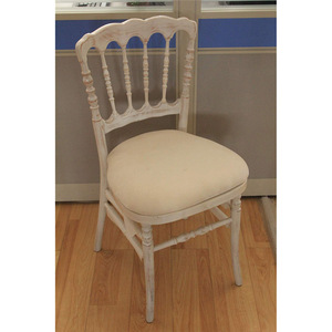 China Supply wooden Stackable Napoleon Restaurant Events wedding Chairs