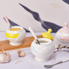 Hot selling kitchen tools contrast color ceramic spice jar set with spoon