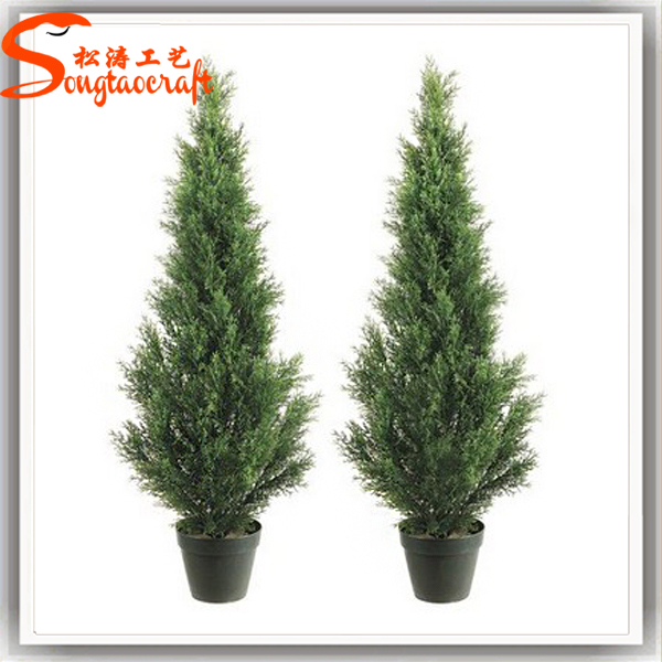 China Artificial Fake Plastic Boxwood Ball Hedge Wire