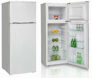 CFC free double doors refrigerator with reversible adjustable leveling feet
