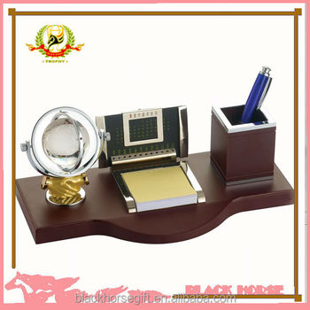 Fashion Calendar With Wooden Frame ,tabletop Clocks With Wooden Frame