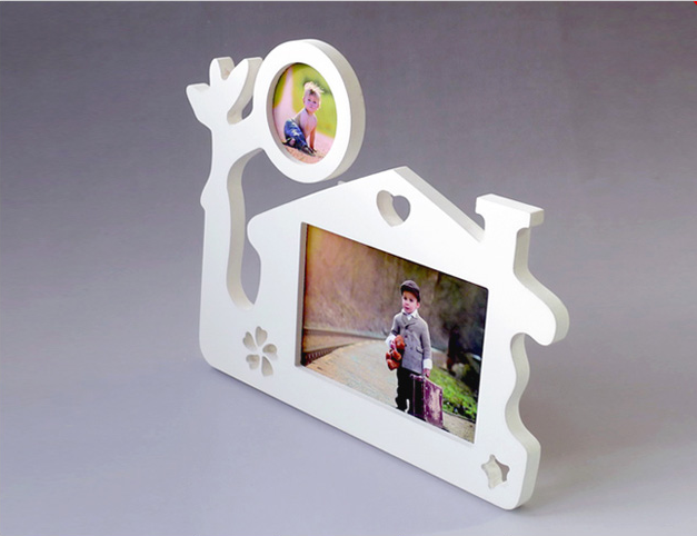 Personality cabin design wooden photo picture frame