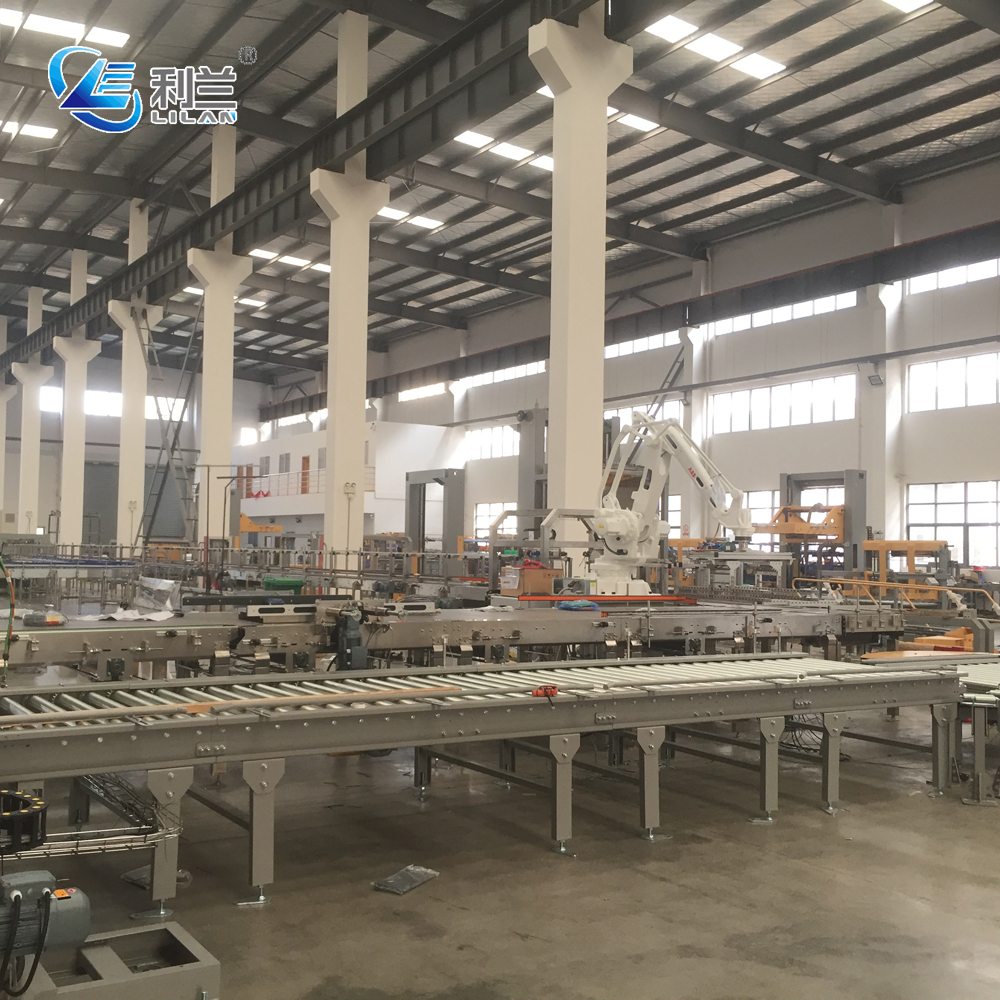 Bottled water production line from bottle blowing machine to packaging machine for  PET