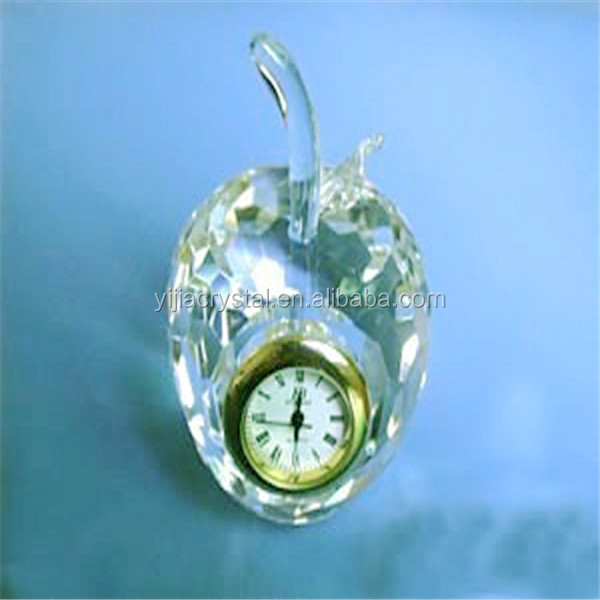 2017 Apple Shape New Crystal Table Clock Wholesale