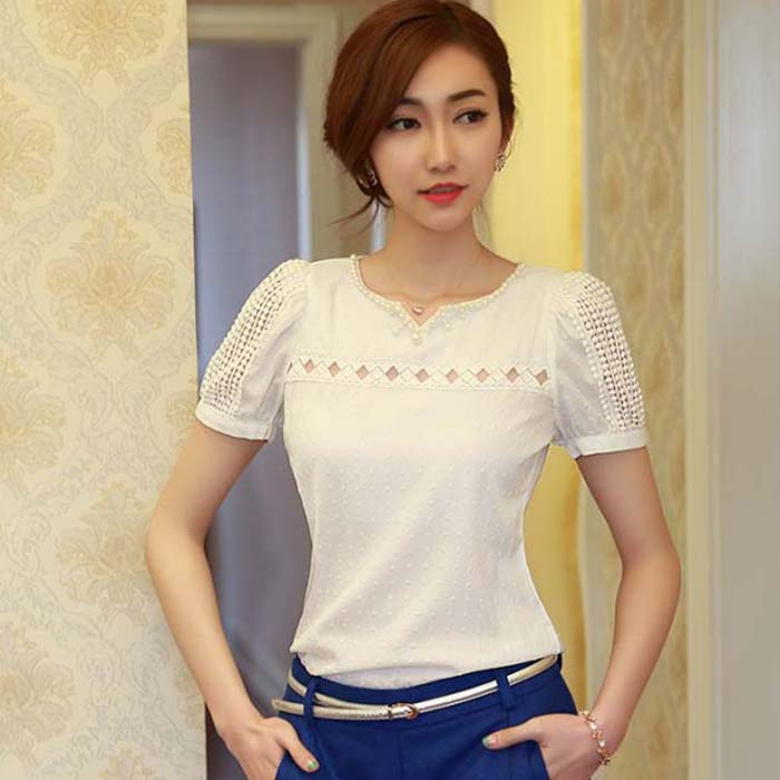83ed48345fbb MUQGEW nuevo verano 2017 Lady Women Blusa de manga corta de encaje con  cuello en V muñeca gasa blusa Tops blanco tallas grandes Camisas Femininas