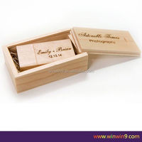 4GB / 8GB / 16GB Swivel Maple Wooden USB Flash Drive With Logo Custom