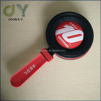 Custom round plastic cheering hand, noise make toy for kids