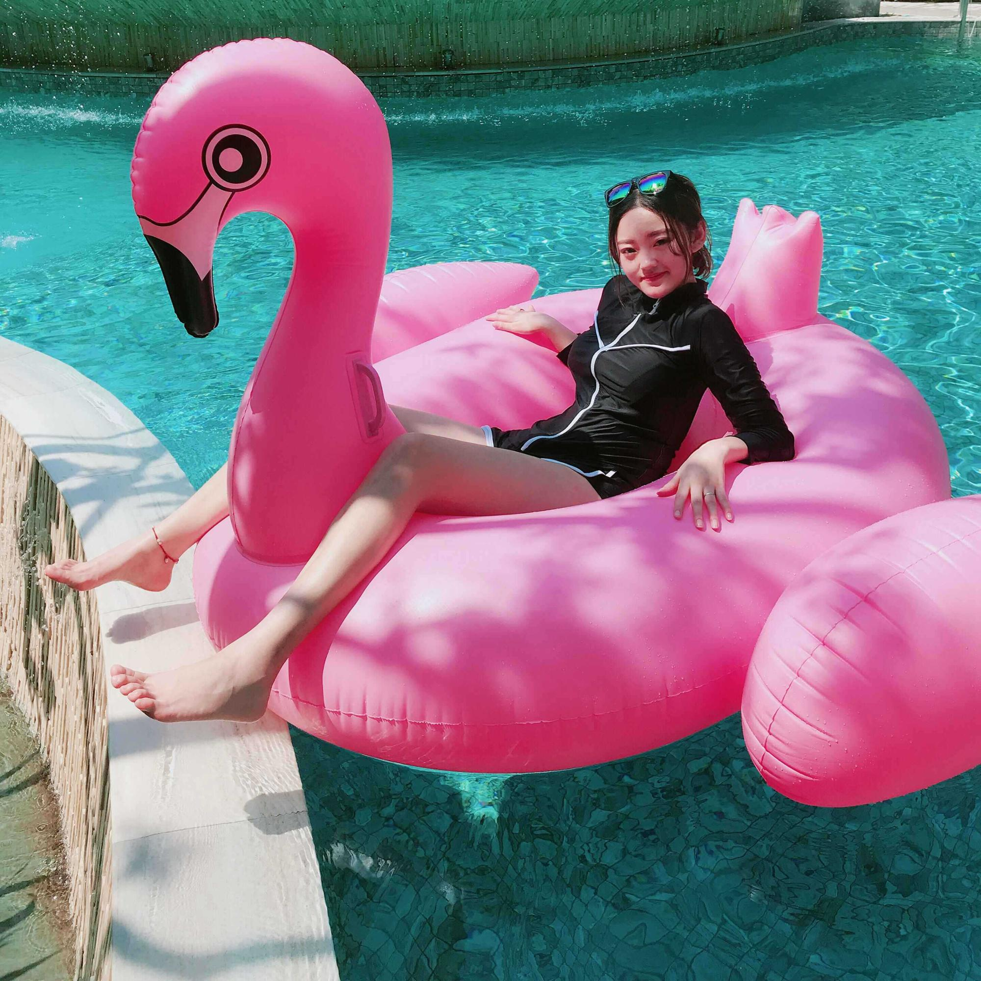 2019 Available Giant Pink Water Blow Up Pool Toys Float